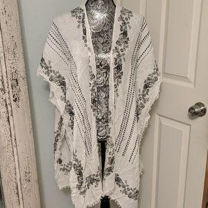 Urban Outfitters black and white kimono